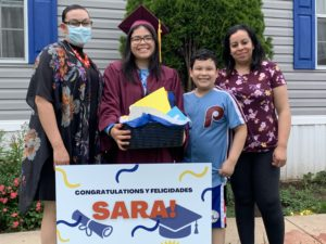photo of escalera student and her family